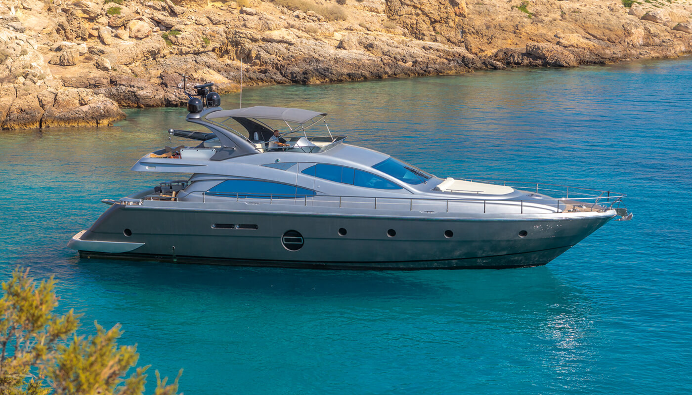 Revival  Aicon 64 20m  2009 / 2021   8 guests   4 cabins   3 crewyacht chartering