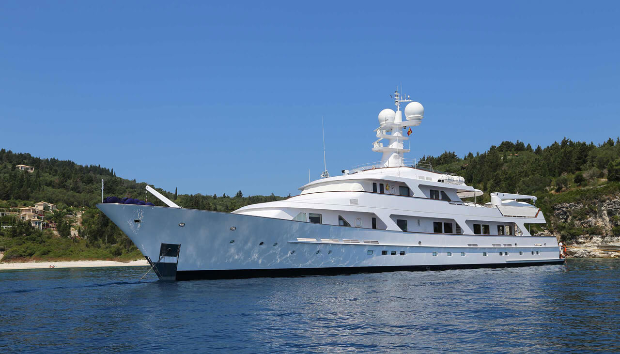 Ancallia   Feadship 45.77m   1984/2014   12 guests   7 cabins   10 crewyacht chartering