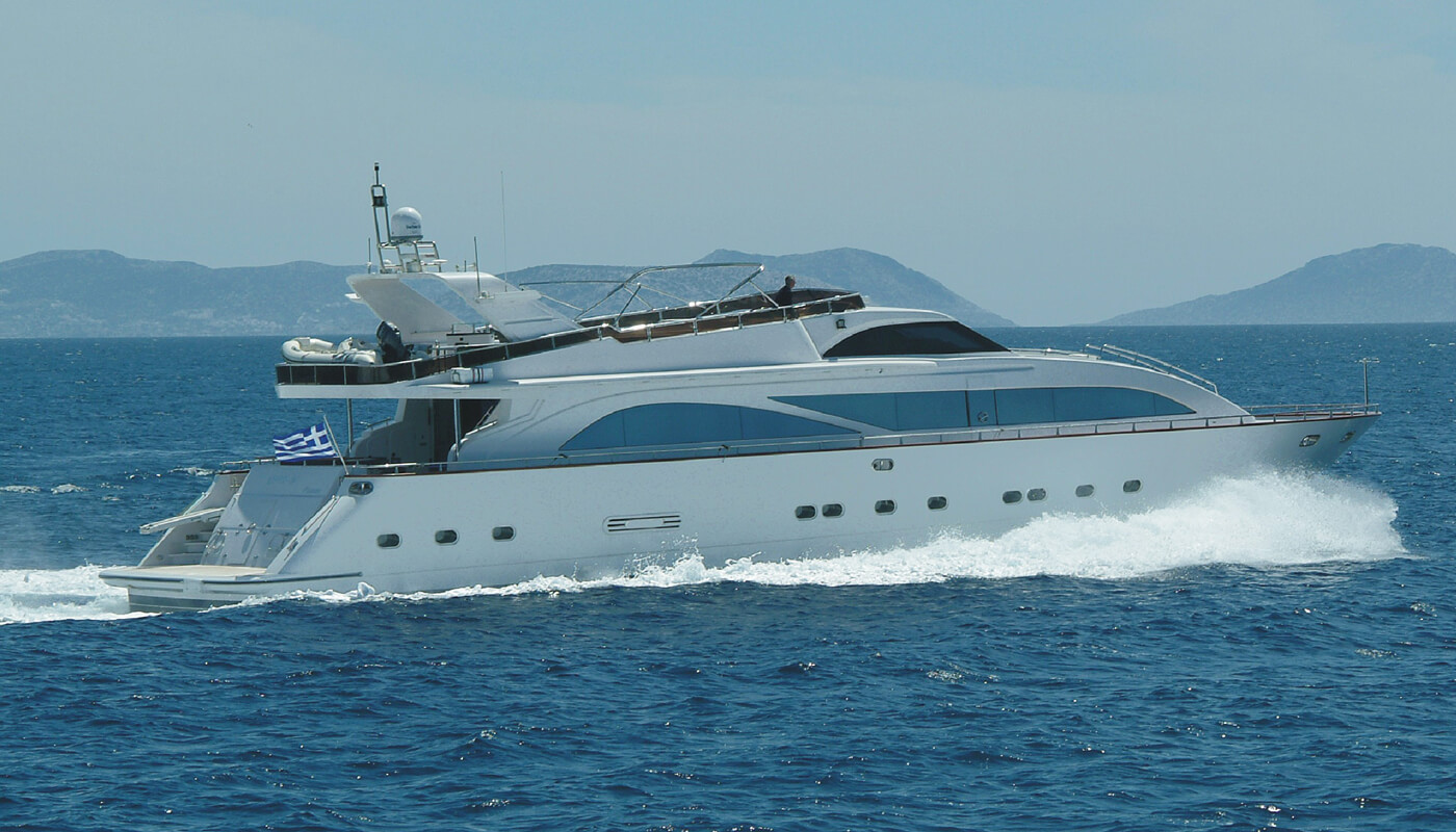 Dream B   Giant 30.25m   2004 / 2011   10 guests   5 cabinsyacht chartering