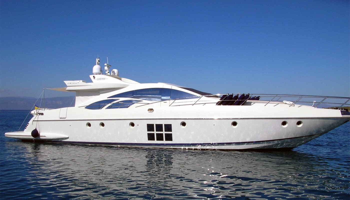 Rena N   Azimut 26.97m   2006   8 guests   4 cabinsyacht chartering